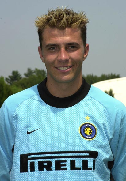 Frey (2000-2001)
